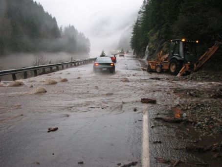 Flooded Oregon highway